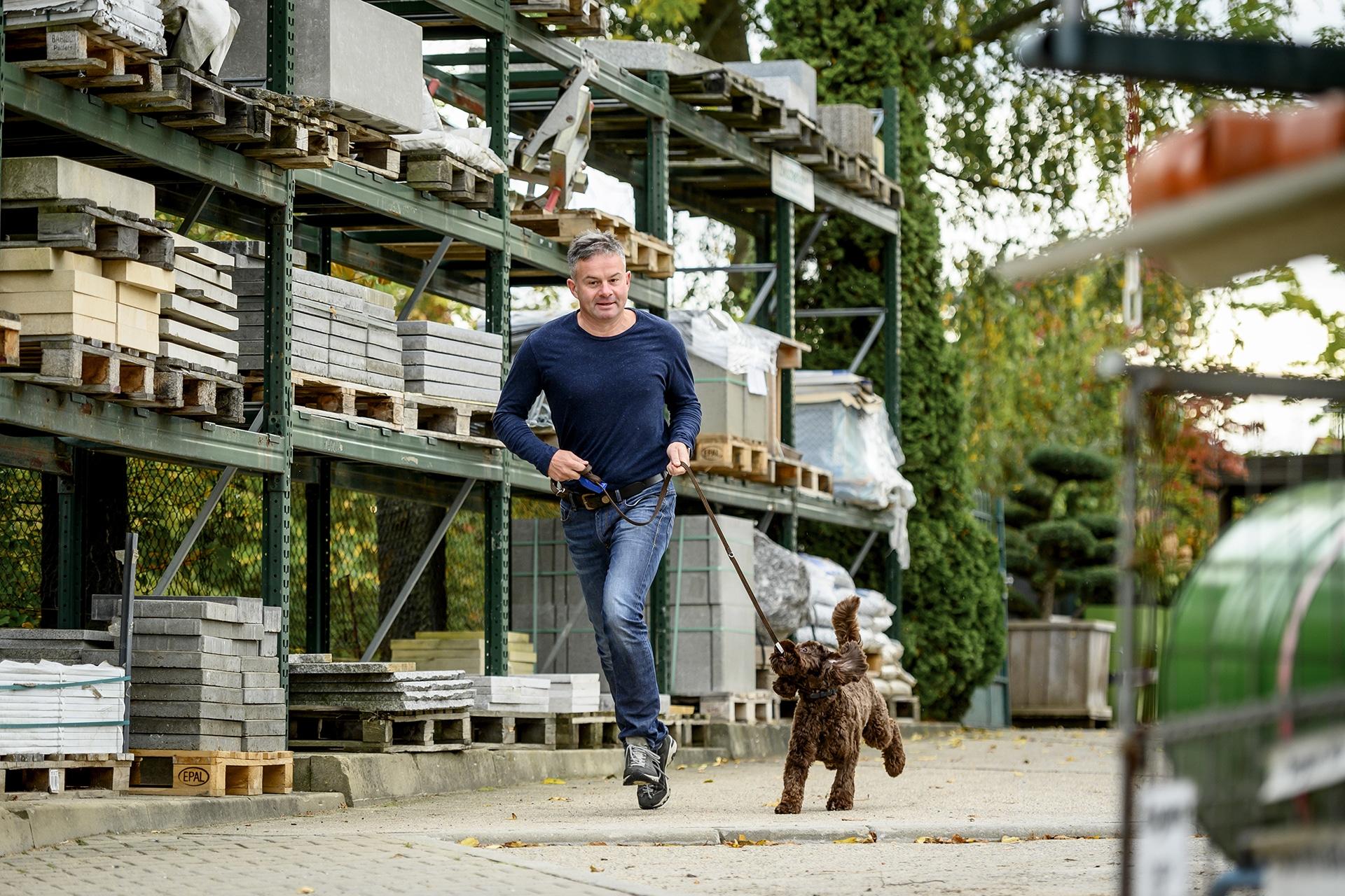 Thomas Thümer mit Hund